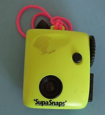 SUPASNAPS NOVELTY CAMERA - 126 Film - Yellow - 1980s