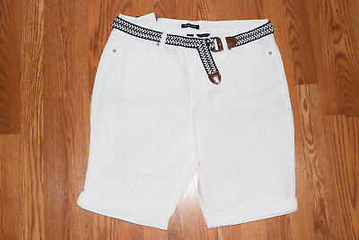 NWT Womens BANDOLINO Riley White Belted Bermuda Roll Shorts Size 8
