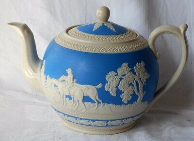C20Th Copeland Spode Relief Moulded Tea Pot With Sprigging