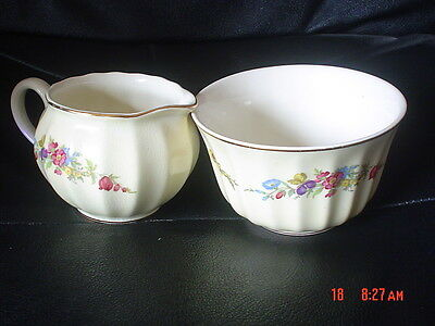 Very Pretty Wade Cream Milk Jug And Sugar Bowl Pale Yellow Cream Flowers
