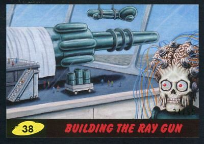 Mars Attacks The Revenge Black [55] Base Card #38 Building the Ray Gun