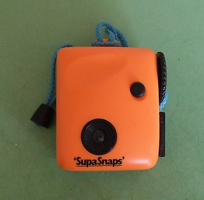 SUPASNAPS NOVELTY CAMERA - 126 Film - Orange - 1980s