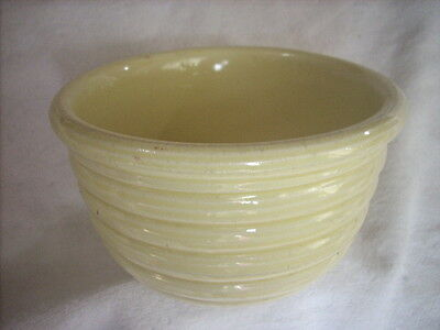 VINTAGE PALE YELLOW RIBBED MIXING  BOWL 15.7 cm