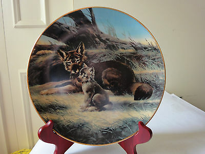 The Red Wolf Collector Plate / Bradex Number 84-G20-15.3