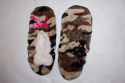 Womens FUZZY BABBA SLIPPERS Slipper Socks TAN BROWN GREEN CAMO Pink Bow S-M