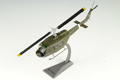 UH-1H Huey Helicopter US Army 101st Airborne Div, 17th Cavalry