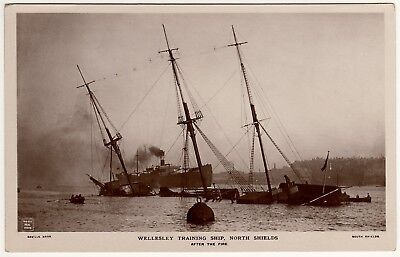 R.p.postcard Wellesley R.n. Training Ship-North Shields-After The Fire 1914