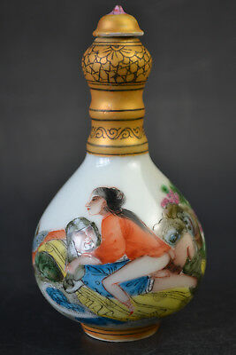 China Collectible Old Porcelain Painting Sexy Culture Decor Noble Snuff Bottle