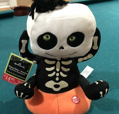 Hallmark Halloween Hokey Pokey Skeleton  Sound and Motion With Tags Tested