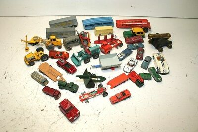 Large Mixed Lot Of Vintage Die Cast Metal Toy Vehicles, Match Box And Hot Wheels
