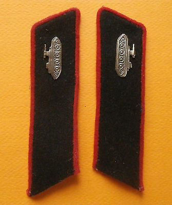 Russian collar tabs of the soldier of artillery and armored troops of RKKA, 1943