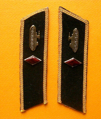 Soviet Russian collar tabs of the brigade commander of armored troops, 1943