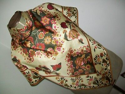 Beckford Silk. Beautiful Vase Of Flowers Design Vintage Silk Scarf