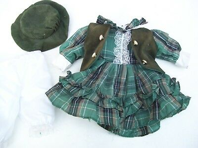 Alte Puppenkleidung Green Dress Vest Hat Outfit vintage Doll clothes 35 cm Girl