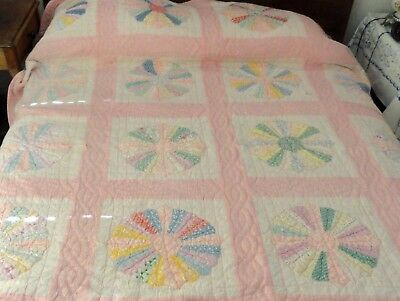 Old Pink Beauty! Hand Sewn Dresden Plate Quilt 73/89