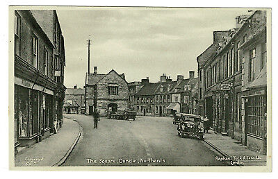 Raphael Tuck Postcard - Cars at The Square Oundle - Northamptonshire