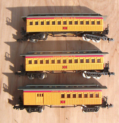 N Scale 1860 Passenger Cars Lot Of Three Union Pacific by Bachmann