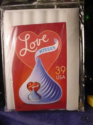 2007 HERSHEY'S LOVE and KISSES Chocolate Kiss LAPEL PIN & CARD SEALED 39 C stamp