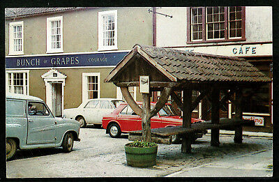 1960's Postcard - Bunch of Grapes & Shambles - Shepton Mallet Somerset