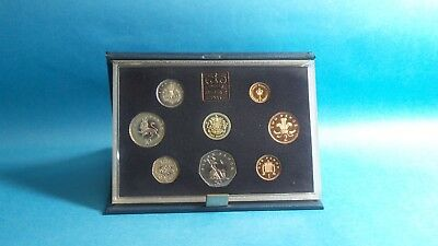 1983  United Kingdom Official Proof Coin Collection  Cased