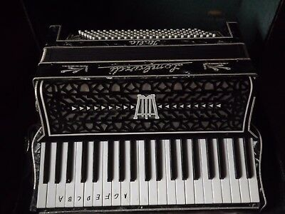 Vintage Lombardi Italia Piano Accordion & case
