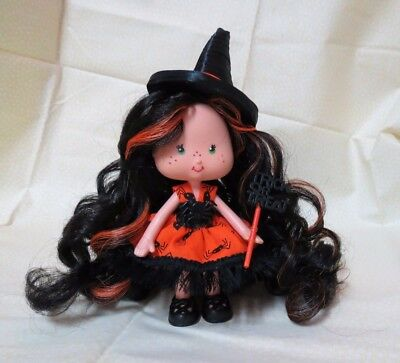 "OOAK Custom Vintage Strawberry Shortcake Doll ~ Reroot & Dress:   ""Bee Witching"""