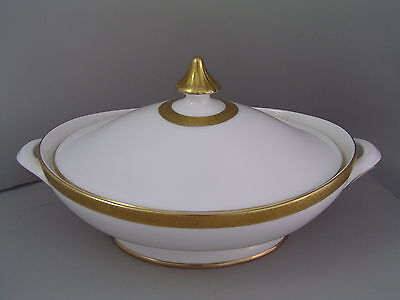 Royal Doulton Royal Gold Lidded Vegetable Tureen.
