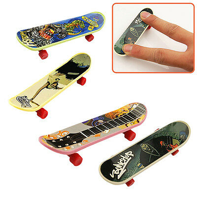 4pcs Mini Funny Fingerboard Finger Skateboard Toys For Kids Children Party Pop