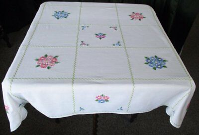 Vintage Tablecloth - Hand Embroidered Floral Design