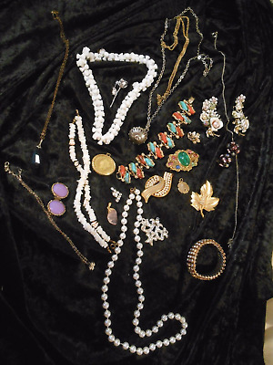 Vintage Jewellery Lot  For Remodelling and/or Repair