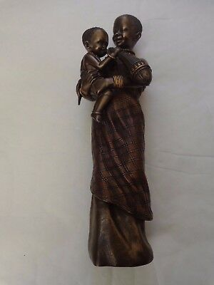 Maasai Soul Journeys - Amwisha 'in Safe Arms' Stacy Bayne 2005 Figurine