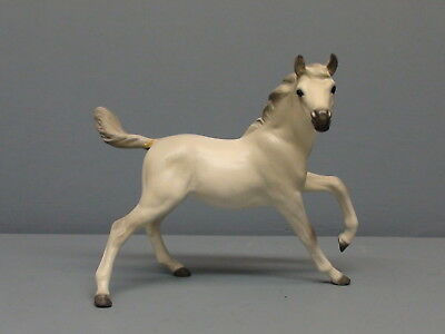 Old Monrovia Hagen Renaker White DW Yearling Sky Chief Repaired Tail