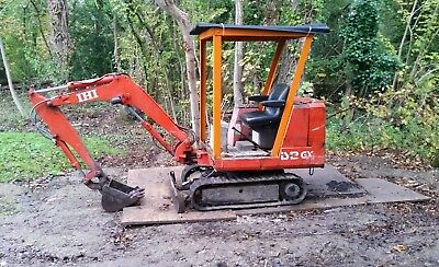 IHI IS12GX 1.5 TON MINI DIGGER EXCAVATOR 1.5t WITH 2 x BUCKETS **NO VAT**