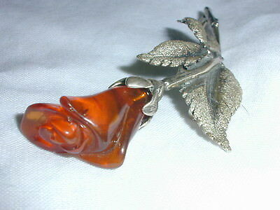 Beautiful! Large Vintage Sterling Carved Baltic Amber Brooch!