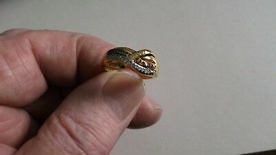 METAL DETECT FIND GOLD AND SILVER COLOURED RING ( WITH ENGRAVING ) 99p