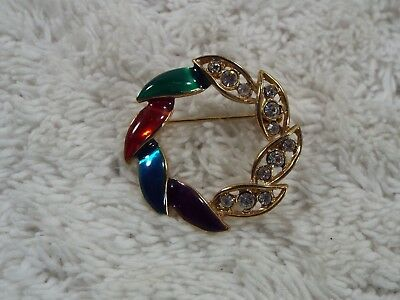 Rhinestone Goldtone Red Green Blue Purple Circle Wreath Pin (A42)