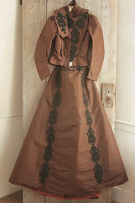 Antique Dress Victorian silk Taffeta French woman's clothing bodice skirt c 1880