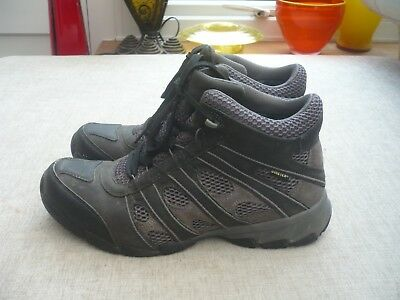 Clarks ladies walking boots/shoes Gore-tex grey/black 6D WORN ONCE