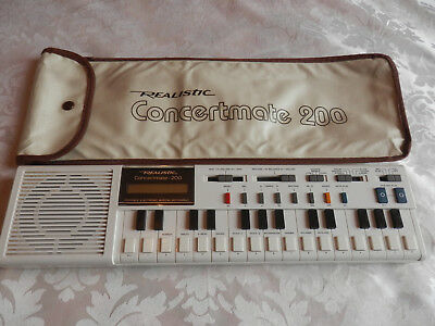 Realistic Concertmate 200 Vintage Electronic Keyboard & Case,ex Condition