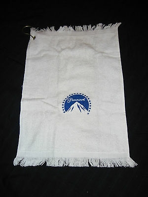 PARAMOUNT LOGO VINTAGE GOLF SHOWER TOWEL WITH HOOK NEVER USED 1980s 100% COTTON