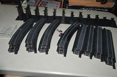 HO scale Life Like Power Loc steel silver track set lot elevated piers train