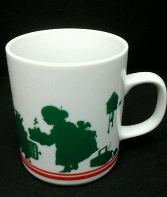Avon Coffee Mug Mrs Claus Christmas Holiday Cup Ceramic Green Red White 1984 Vtg