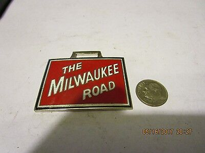 VINTAGE NEW OLD STOCK SEALED THE MILWAUKEE ROAD ENAMEL WATCH FOB railroad train