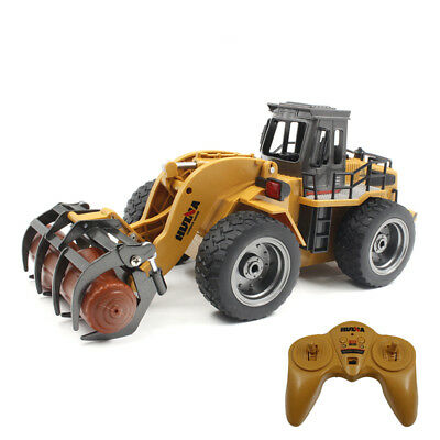 HUINA 1590 2.4G 6-Channel 1:18 Alloy Tractor RC Grapple Engineering Truck Toy