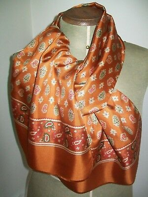 Laura Ashley. Very Smart Ladies / Gents Classic Paisley Vintage Silk Scarf