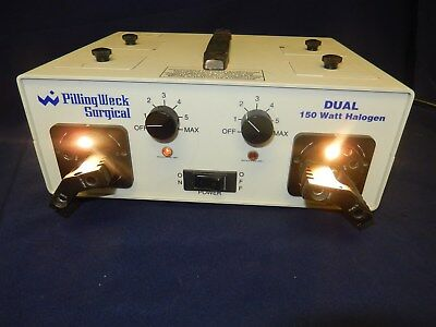Pilling Weck Surgical Endoscopy Light Source Model 521317; Powers On; Bulbs Work