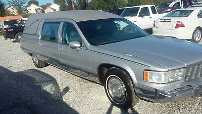 1994 Cadillac Fleetwood Commercial chassis 1994 Cadillac Fleetwood chassis HEARSE NICE 76,000 MILES