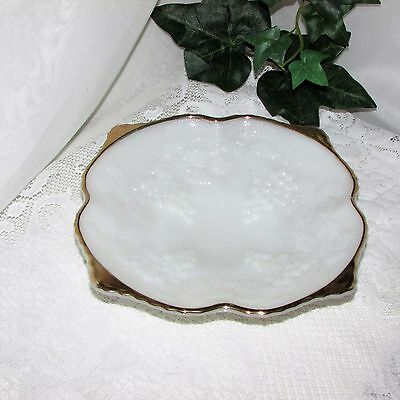 Vintage White Milk Glass Footed Bowl Grapes Leaves Harvest Gold Rim Tab Handles