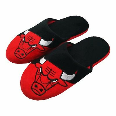 Pair of Chicago Bulls Colorblock Slide Slippers Team Color House shoes NEW