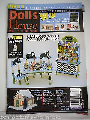 Dolls House and Miniature Scene Issue No 126 December 2004 - A Fabulous Spread